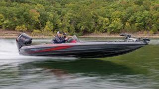 Triton 21 TRX Fiberglass Bass Boat